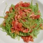 Koolhydraatarme snijbonenspaghetti met tomatensaus